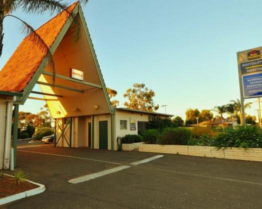 Hospitality Kalgoorlie, SureStay Collection by Best Western exterior