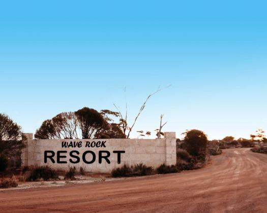 Wave Rock Resort Welcome sign