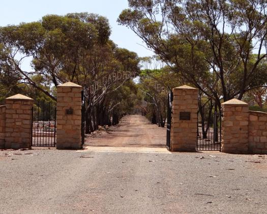Coolgardie Cemetery image by DWP Photography